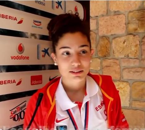 """<strong class=""""sp-player-number"""">8</strong> Ainhoa López"""