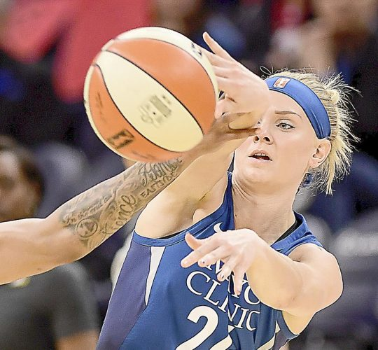 "<strong class=""sp-player-number"">33</strong> Carlie Wagner"